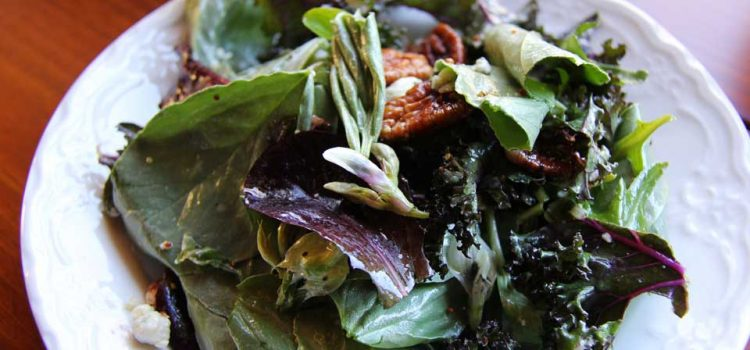 How to add more leafy dark greens to your diet
