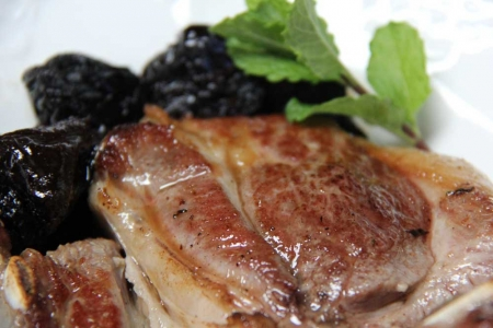 sous vide lamb with prunes