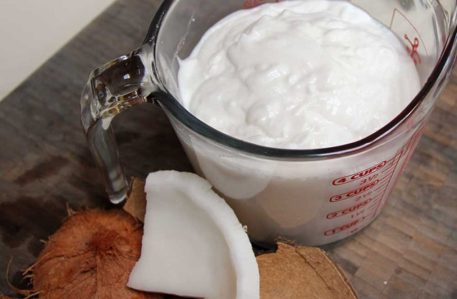 make your own coconut yogurt from whole coconuts
